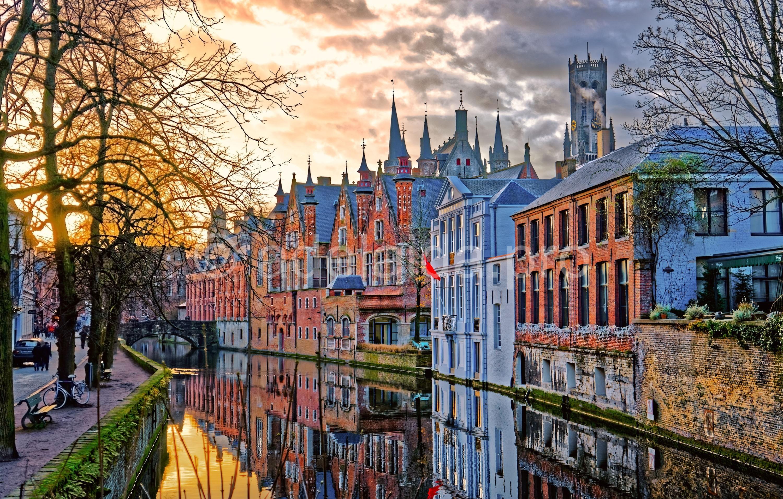 История Брюгге - периоды расцвета и упадка