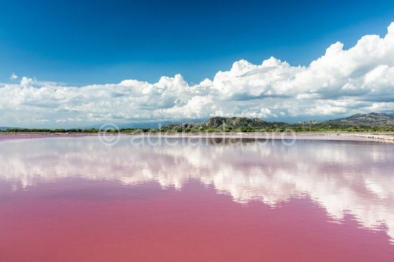 Достопримечательности Сенегала. Розовое озеро Ретба.