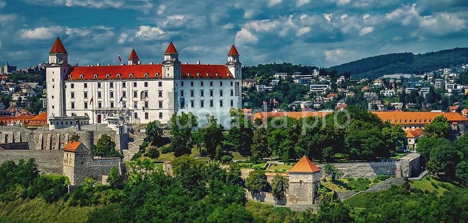 Спишский град - самая большая крепость Словакии