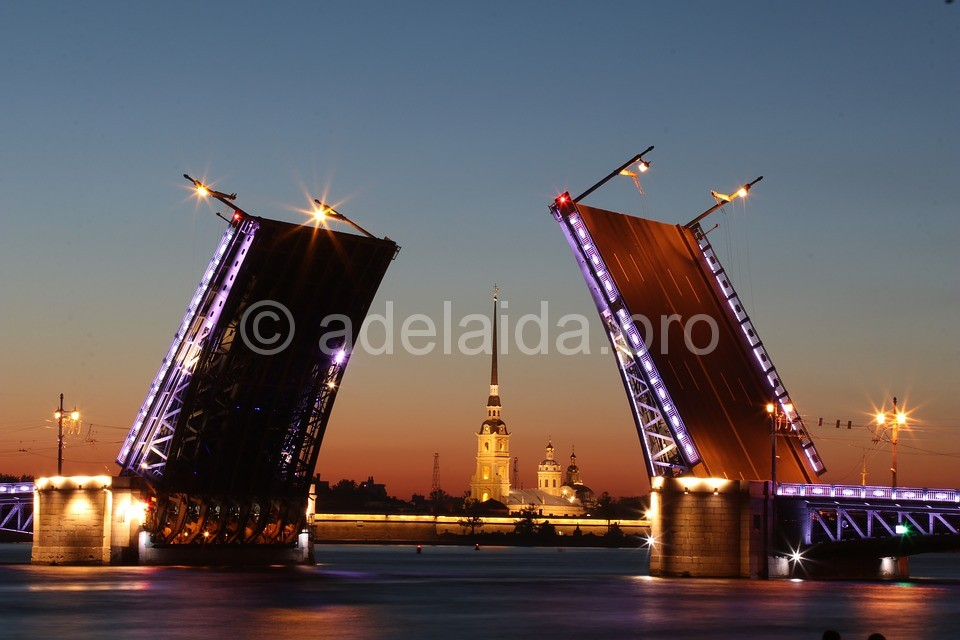 Разводной мост Санкт Петербург http://piterguide.ru