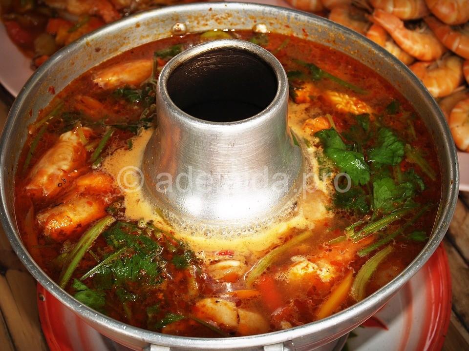 Надо сказать, что тайская национальная кухня славится своими ароматными блюдами