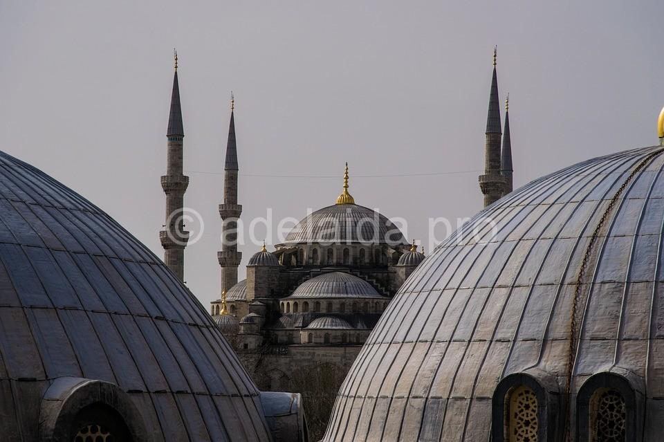 Путешествие по Турции начинается в Стамбуле