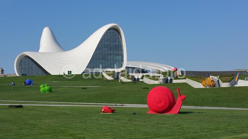 Азербайджан. Восточная сказка в обрамлении современности