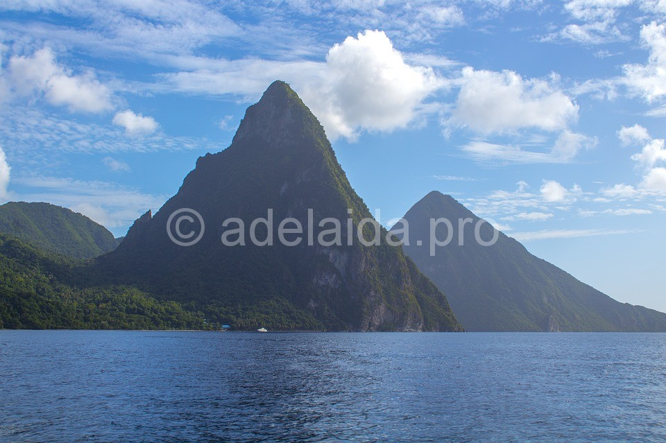 Покроряя Карибские острова - остров Сент-Люсия