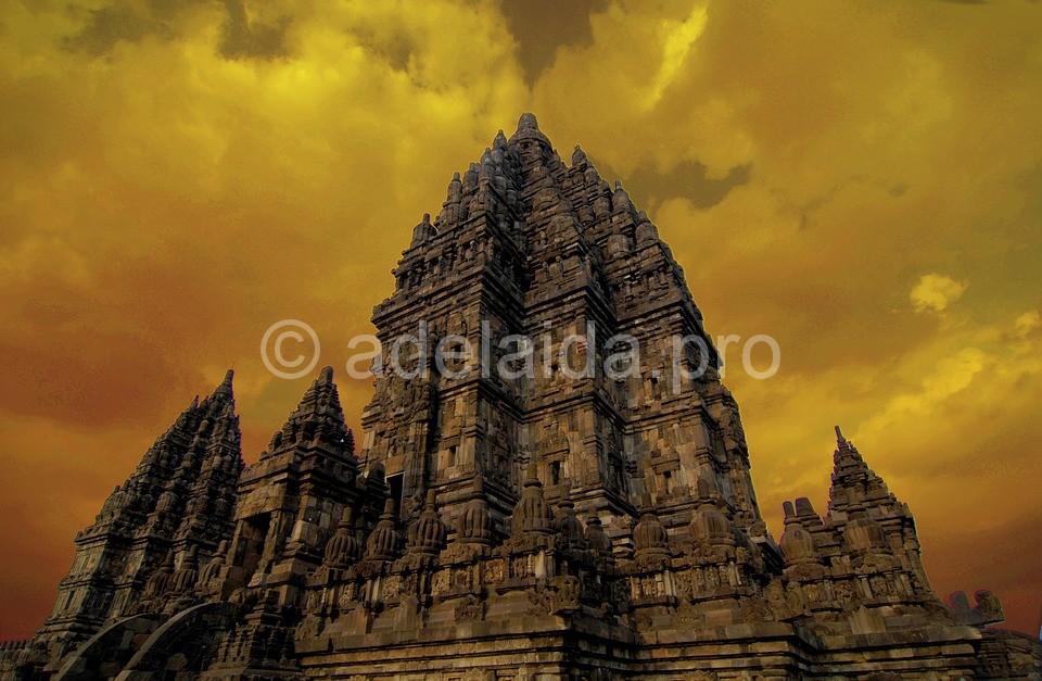 Прамбанан - на стыке буддизма и индуизма