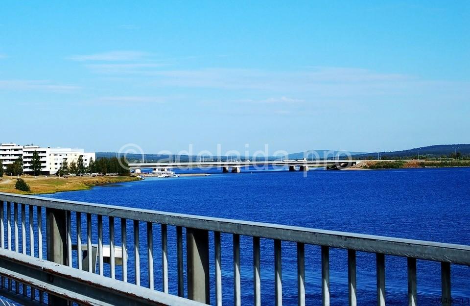 Столицей финской Лапландии считается город Рованиеми, располагающийся на самой границе Полярного круга