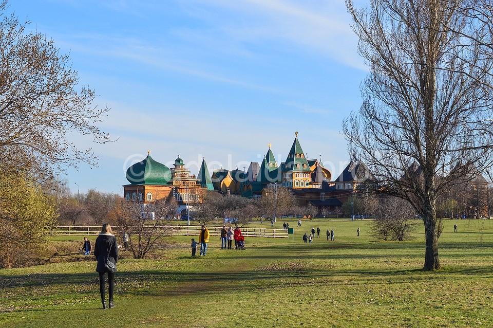 Музей-Заповедник Коломенское – островок зелени и памятников архитектуры недалеко от центра столицы