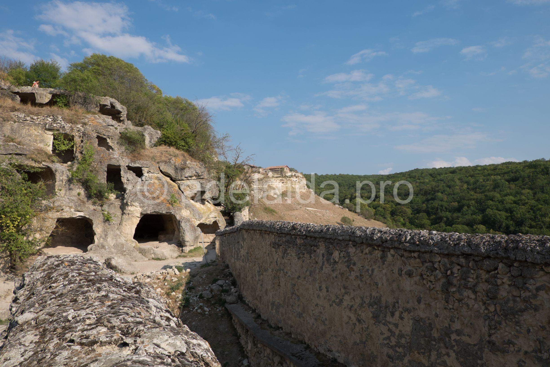 В пещерном городе во время различных нападений укрывались крымские ханы