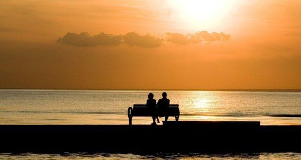 8 пляжных отелей для интимного отдыха