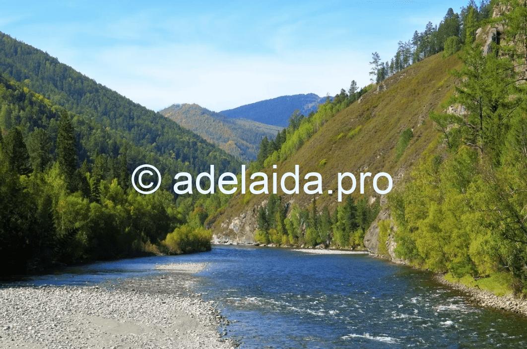 Горностепные реки начинаются в средне-высоких горах